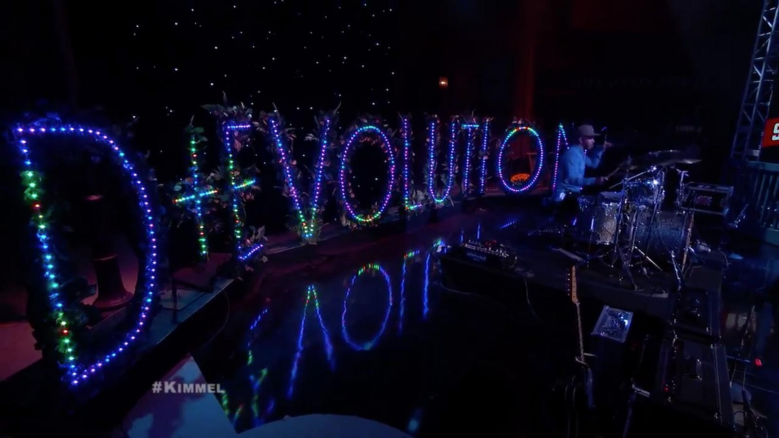 Esperanza-Spalding-Jimmy-Kimmel-Live-Debut-3